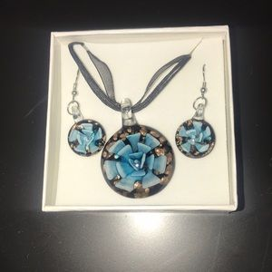 Jewelry - Boutique necklace and earrings set